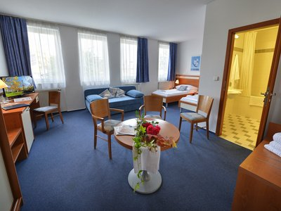 EA Hotel Populus*** - double room with extra bed
